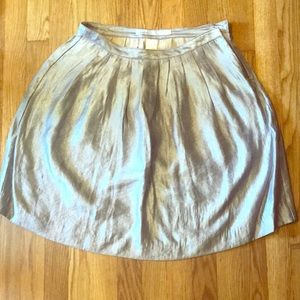 👗🌪🔘 OLD NAVY silvery skirt size 4